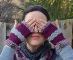 Amica Fingerless Mitts Pattern Pattern