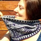 Arabesque Cowl Pattern