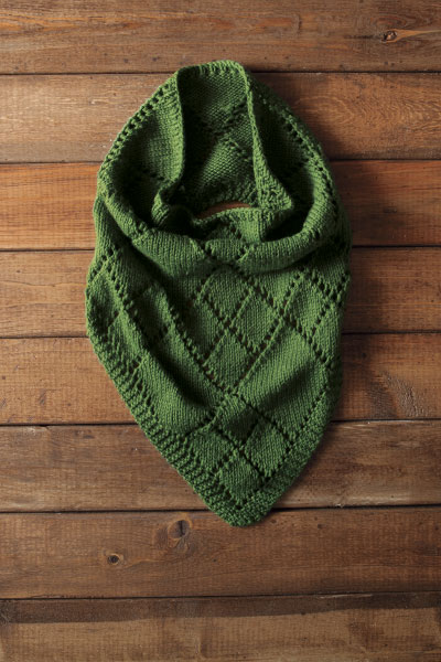 Diamond Kerchief Cowl Pattern