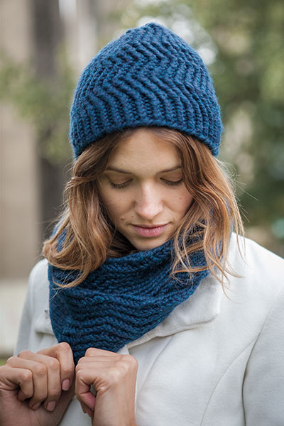 Reverb Hat and Infinity Scarf Pattern