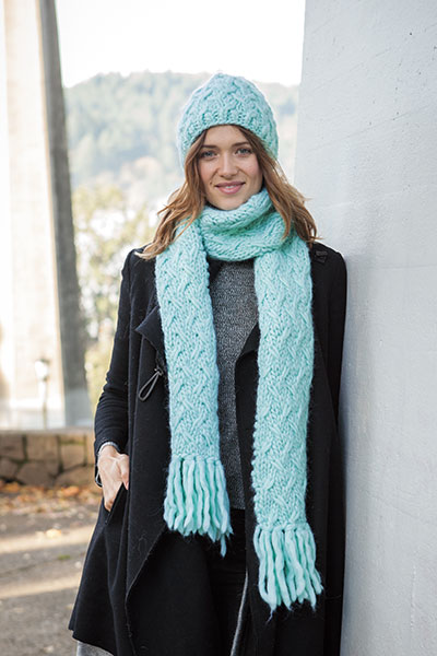 Capacious Hat and Scarf Pattern
