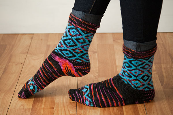 Geometric Diamonds Socks Pattern
