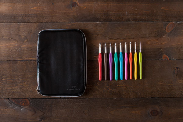 Knit Picks Crochet Hooks and Case - Black