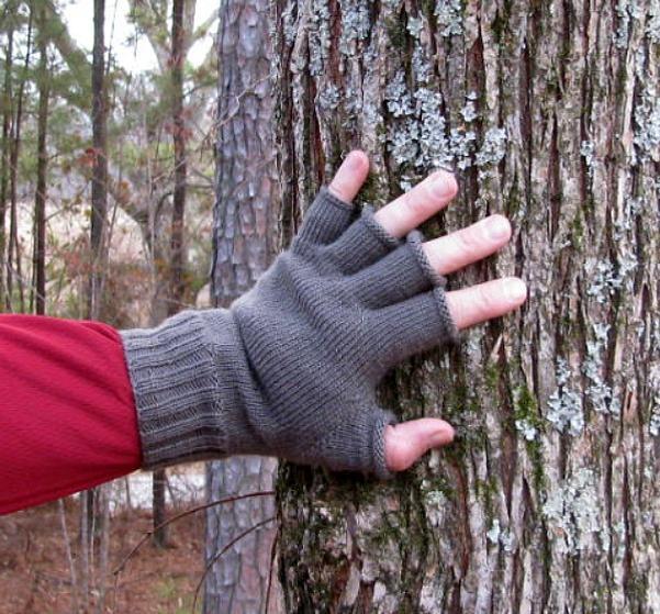 Sportsman Fingerless Gloves Knitting Patterns And Crochet Patterns