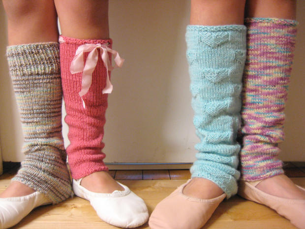 Sweetheart Legwarmers Knitting Patterns And Crochet Patterns From