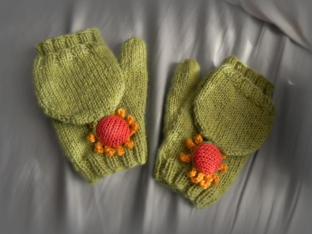 Blooming Convertible Mittens & Gloves - Knitting Patterns and Crochet Pat...