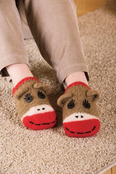 21ac3f18203 Sock Monkey Slippers - Knitting Patterns and Crochet Patterns from ...