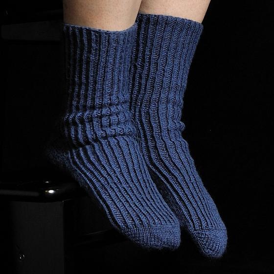 Knit Socks Toe Up Free Pattern : Toe-Up Twisted Knit Rib Socks - Knitting Patterns and Crochet Patterns from K...