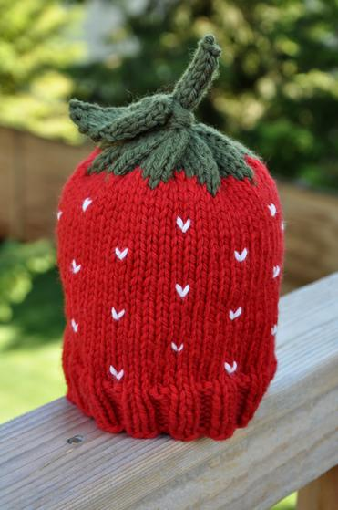 Strawberry Hat - Knitting Patterns and Crochet Patterns from ...