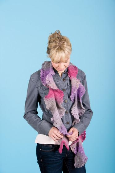 Knitted Flounce Scarf Knitting Patterns And Crochet Patterns From