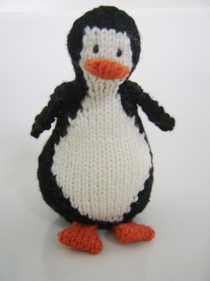 Little Penguins Knitting Patterns And Crochet Patterns From