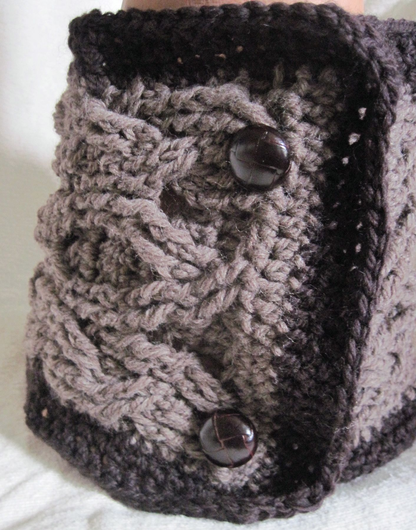 Buttoned Cabled Crochet Cowl - Knitting Patterns and Crochet Patterns from Kn...