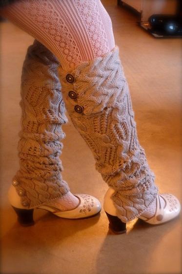 Leg Warmers Knitting Pattern Circular Needles : Holey Smokes! Leg Warmers - Knitting Patterns and Crochet Patterns from KnitP...