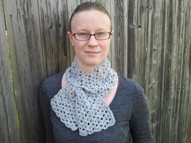 Double Fan Stitch Keyhole Crochet Scarf Knitting Patterns And