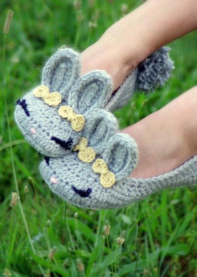 Women\'s Crochet Bunny Slippers - Knitting Patterns and Crochet ...