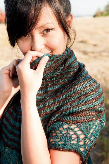 Two Color Crescent Shawl Knitting Patterns And Crochet Patterns