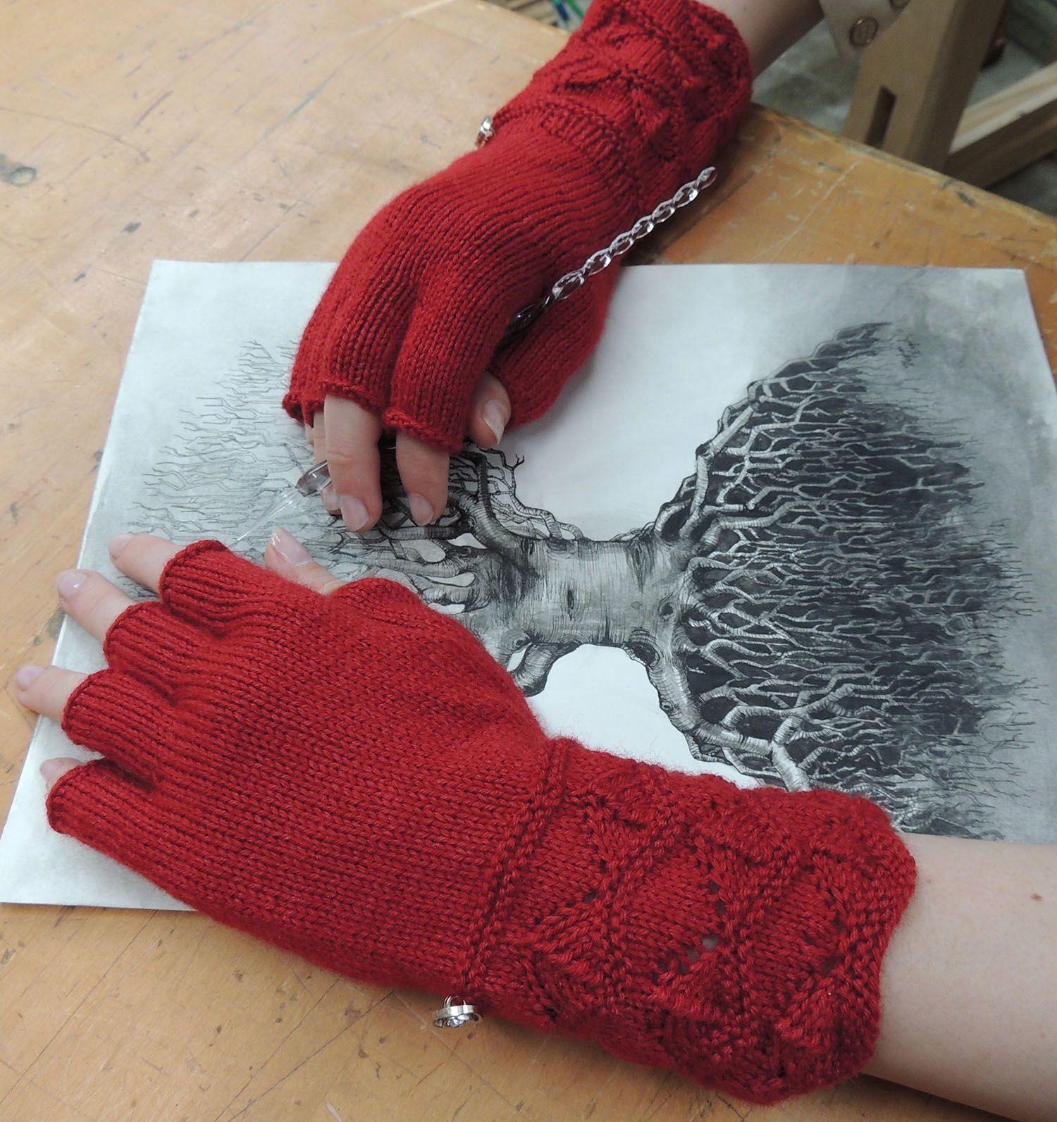 Masala Fingerless Gloves Pattern - Knitting Patterns and Crochet ...