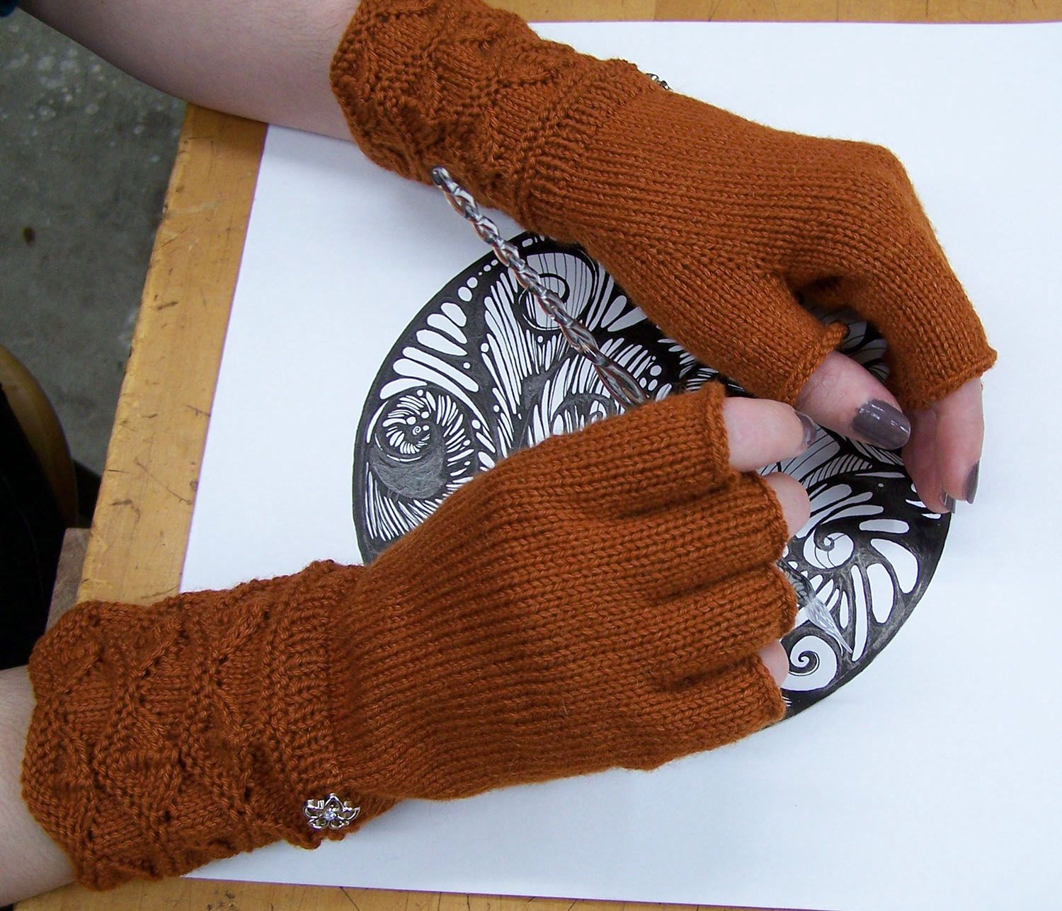 Masala Fingerless Gloves Pattern - Knitting Patterns and Crochet ...