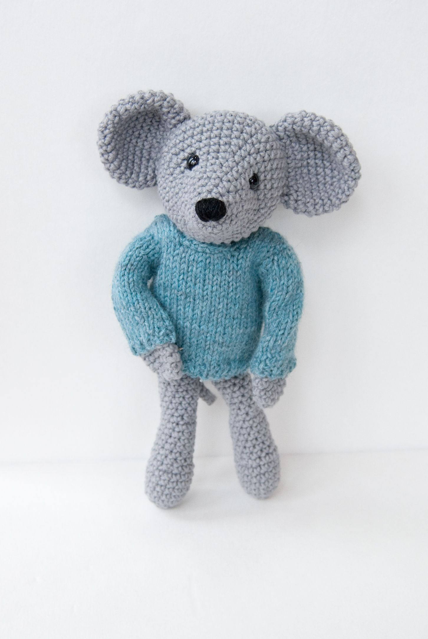 Mouse Pattern - Knitting Patterns and Crochet Patterns from ...