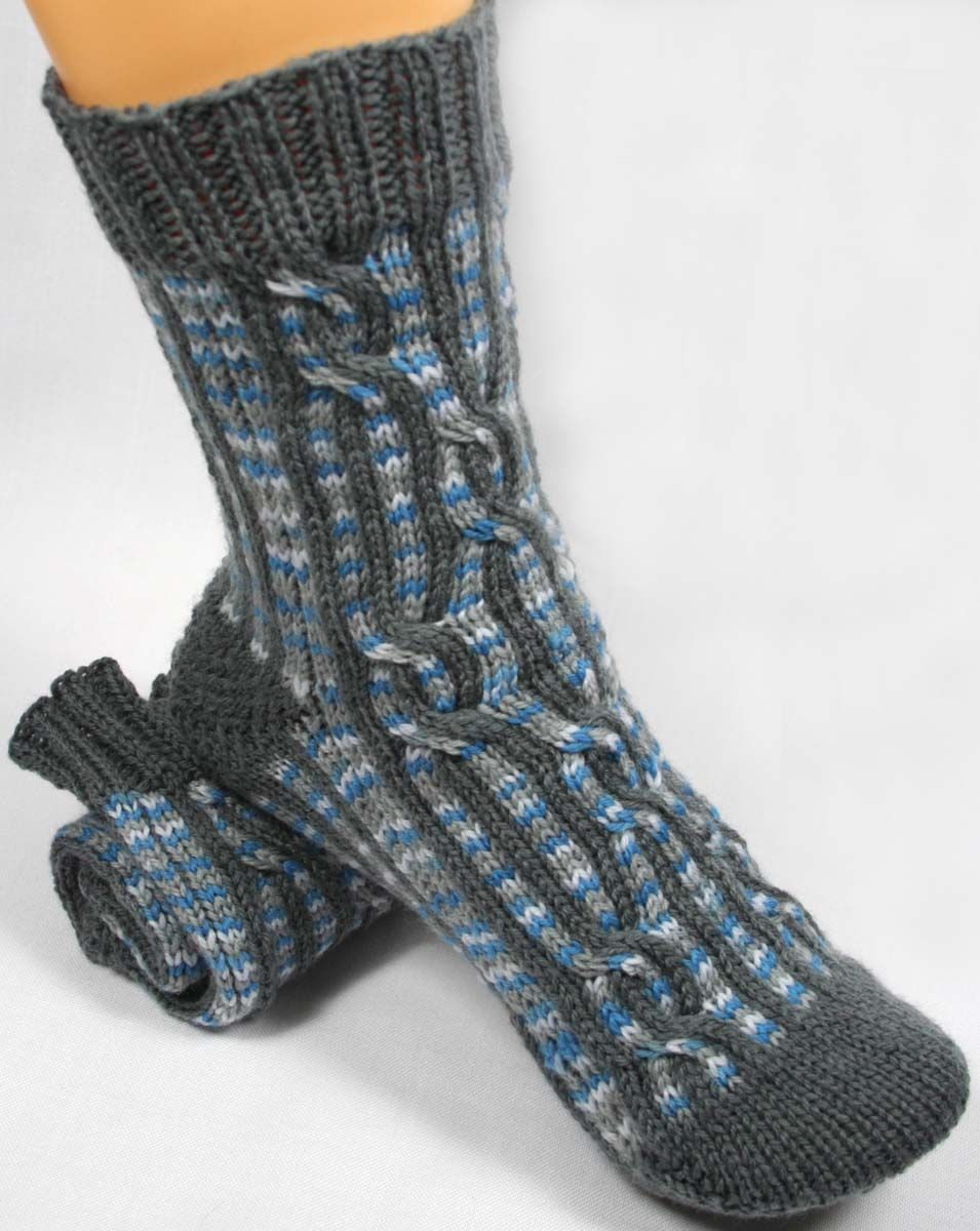 Crazy Crazy Eights Socks Pattern - Knitting Patterns and Crochet ...