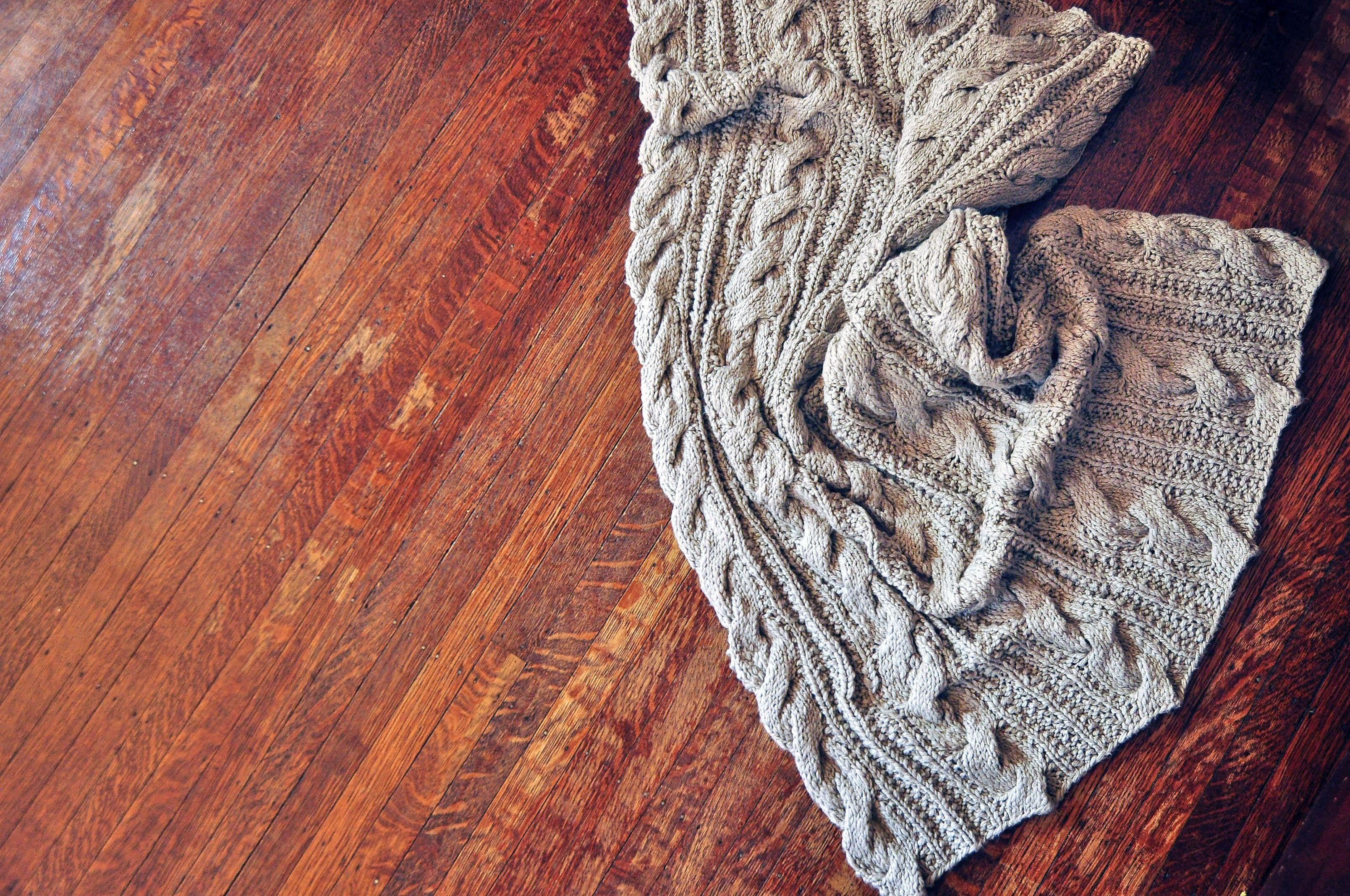 Farmhouse Baby Blanket Pattern - Knitting Patterns and ...