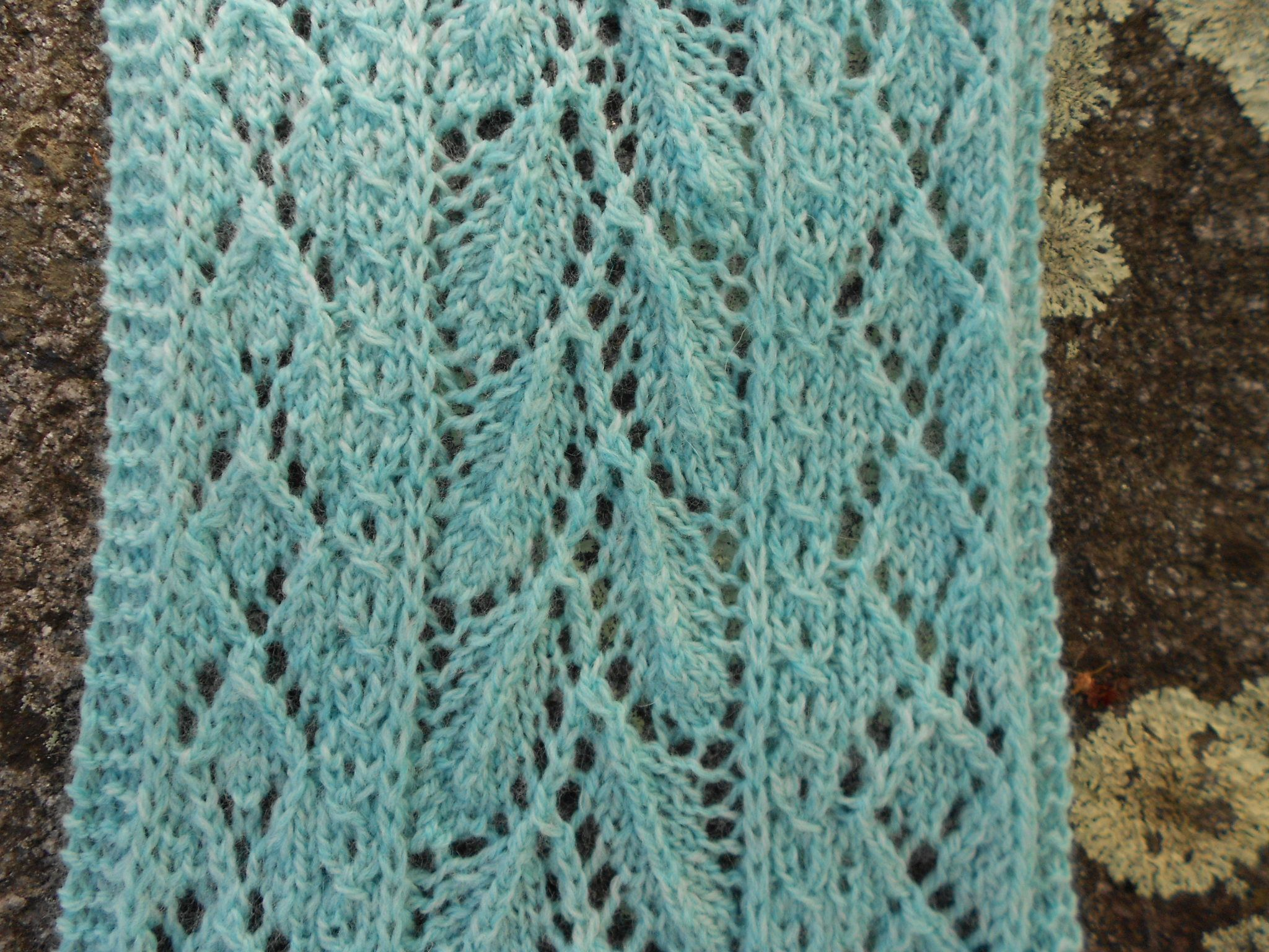 Mint Lace Scarf Pattern - Knitting Patterns and Crochet Patterns ...