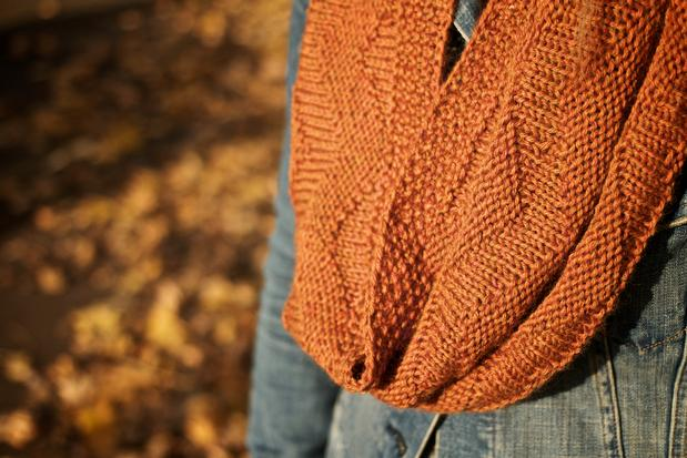 Larch Mountain Textured Chevron Cowl Knitting Patterns And Crochet