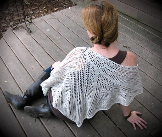 Zoe Lace Poncho - Knitting Patterns and Crochet Patterns from ...