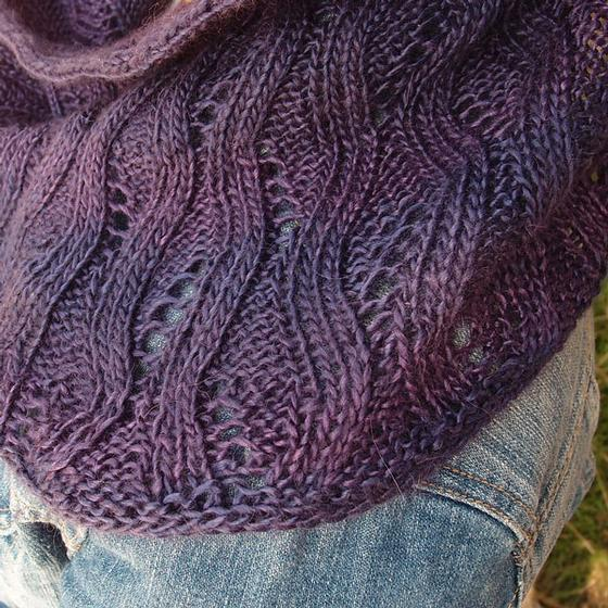 Hidden Leaves Cowl - Knitting Patterns and Crochet Patterns from KnitPicks.com