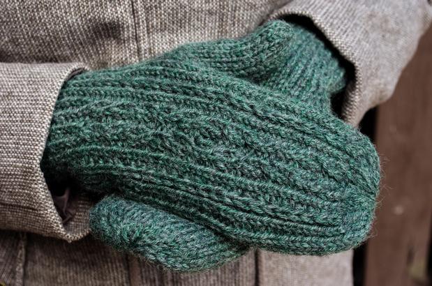 Ramble On Mittens - Knitting Patterns and Crochet Patterns ...
