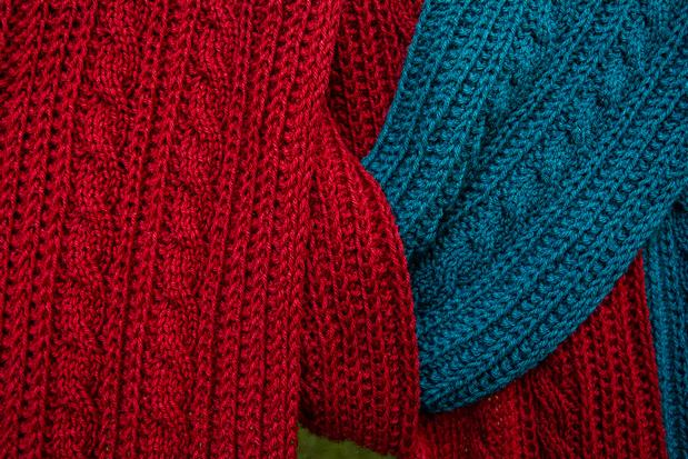 Reversible Cable Scarf Knitting Patterns And Crochet Patterns From