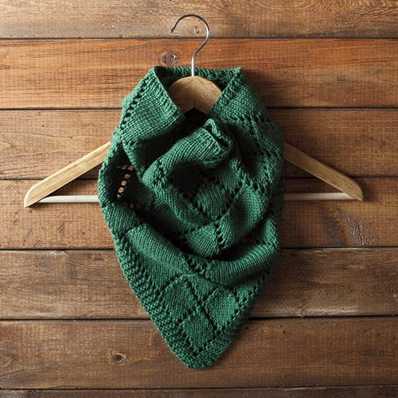 Diamond Kerchief Cowl Knitting Patterns And Crochet Patterns From