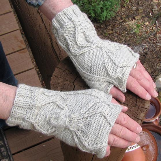 Twisted Spider Hand Warmers Knitting Patterns And Crochet Patterns
