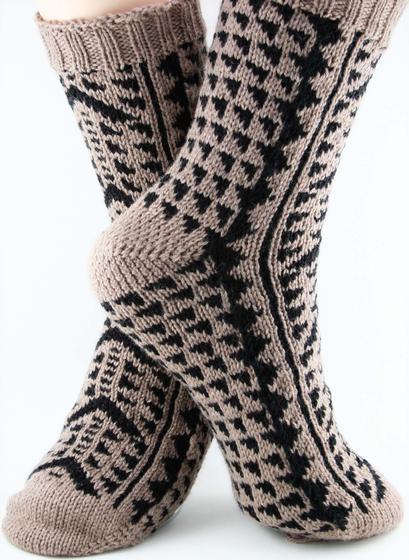 Kane Socks Knitting Patterns And Crochet Patterns From
