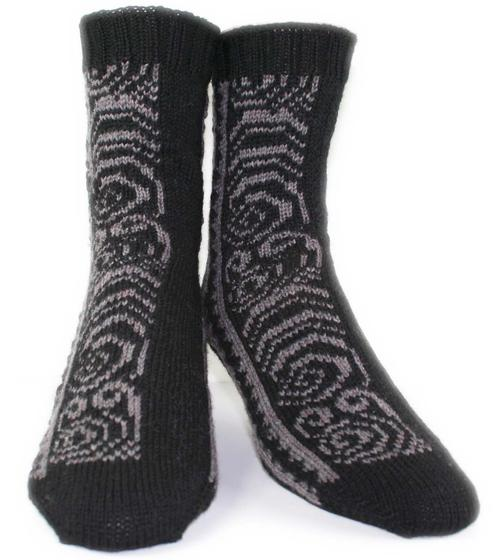 Maori Tattoo Socks Knitting Patterns And Crochet Patterns From