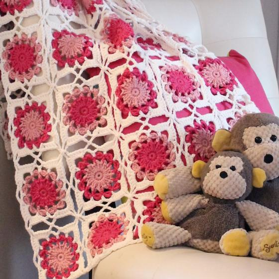 Bed Of Flowers Baby Blanket Knitting Patterns And Crochet Patterns