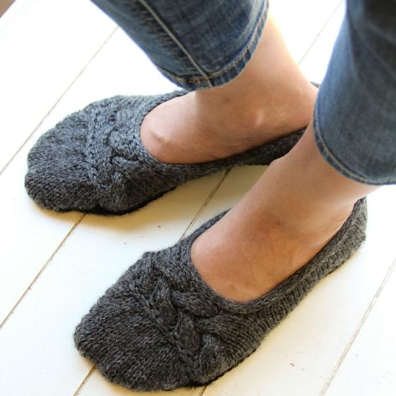 Cloud Nine Ballet Slippers - Knitting Patterns and Crochet Patterns ...