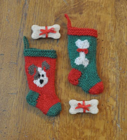 Dog And Cat Knitted Christmas Stocking Ornaments Knitting Patterns