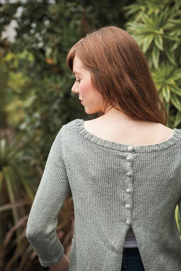 Model showing the back of the Chilla pattern top