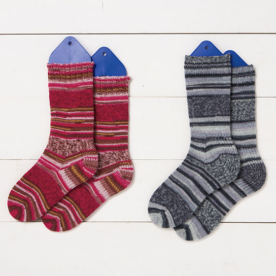 Free Two Needle Sock Knitting Patterns : Two at Once, Toe Up, Magic Loop Socks Pattern - Knitting Patterns and Crochet...