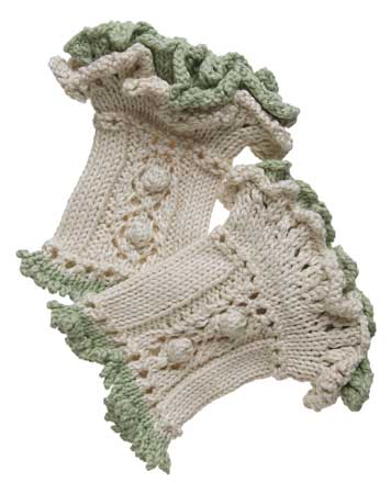 Ruffled Wristwarmers Knitting Patterns And Crochet Patterns From