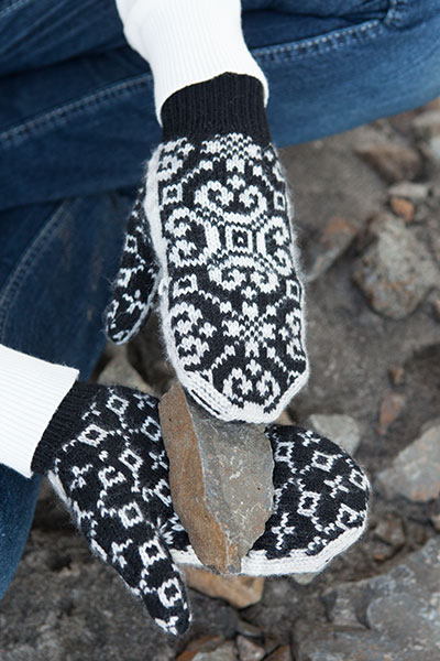 Crystallized fliptop Mittens Pattern - Knitting Patterns and Crochet ...