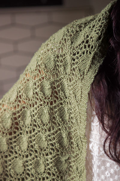 Shetland Triangle Shawl - Knitting Patterns and Crochet Patterns ...