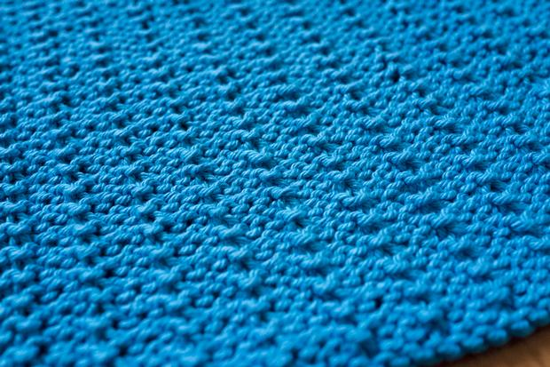 Reversible Pips Dishcloth - Knitting Patterns and Crochet Patterns ...