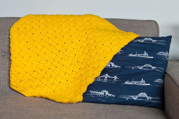 Comfort Crochet Pet Blanket Knitting Patterns And Crochet Patterns