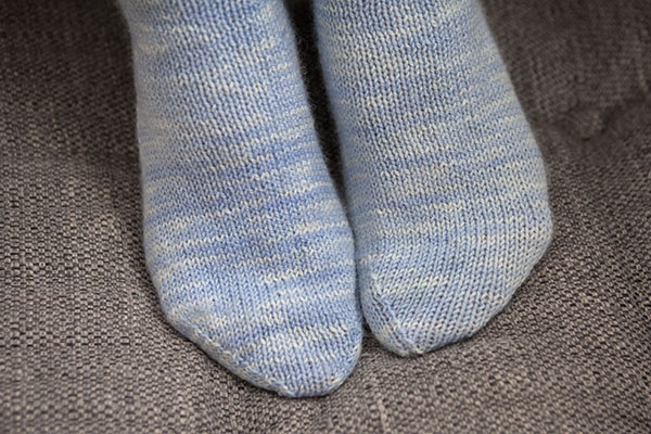Go Your Own Way Socks Knitting Patterns And Crochet Patterns From