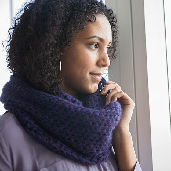Wonderfluff Cowl Knitting Patterns And Crochet Patterns From