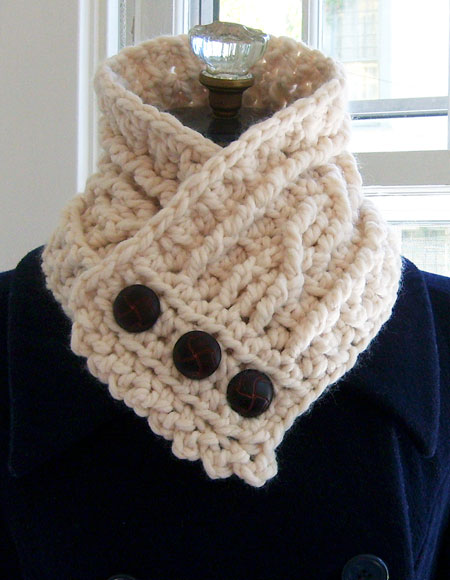 Crochet Patterns Neck Warmers : ... Neck Warmer Pattern - Knitting Patterns and Crochet Patterns from