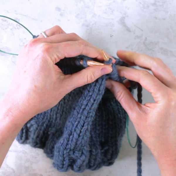 Knitting in the Round: Magic Loop
