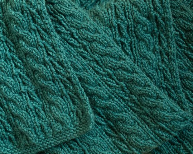 Cable Lover's Reversible Scarf | KnitPicks com